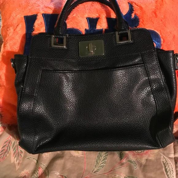 Nine West Handbags - 👜🎉HP🎉Nine West Spacious Satchel 8/19👜
